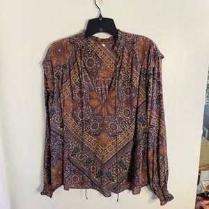 •Free People• Patterned Peasant Blouse